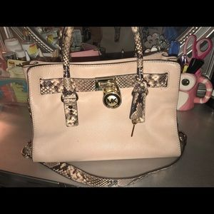 Michael Kors Smythe Medium Dome Satchel